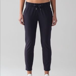 Lululemon On The Fly Pant * Woven